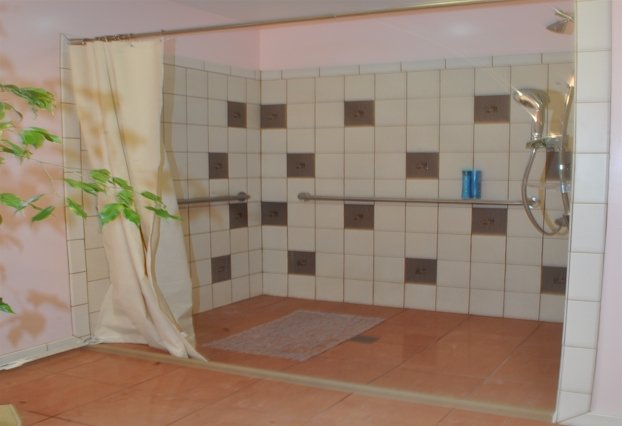 Bed And Bath Addition For Wheelchair User DRF Design - Bathroom for wheelchair user